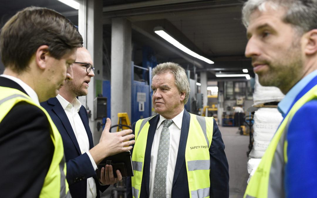 Umweltminister und Oberbürgermeister zu Gast – tsf – Ein Pionier für Deutschland