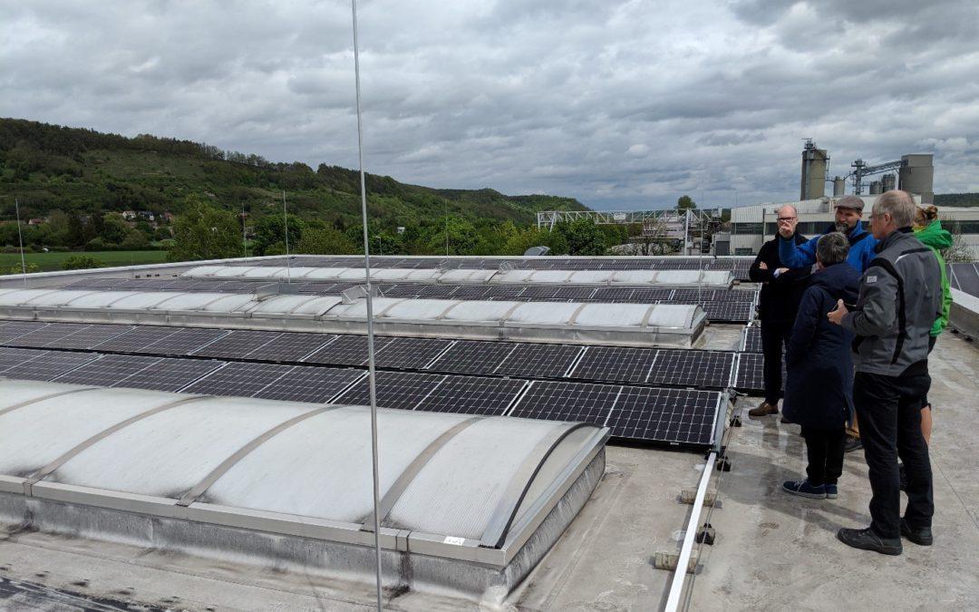 tsf nimmt Solaranlage in Betrieb